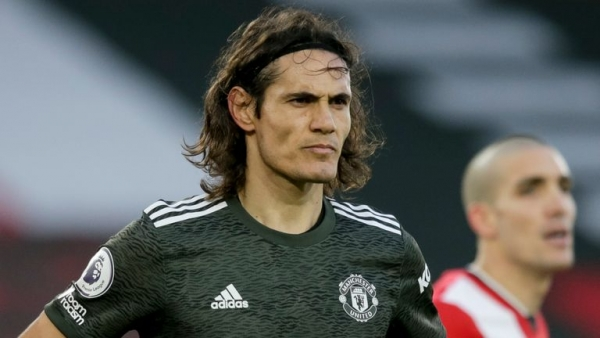 Man utd Striker, Edison Cavani Calls Fan N***a, Might Be Banned!