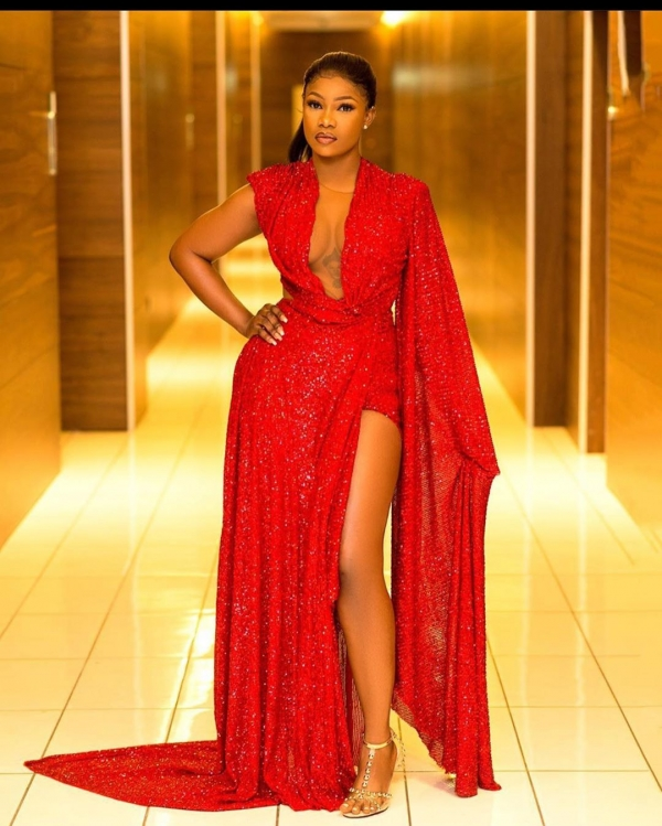 Headies: Tacha Flaunts Davido OBO Tattoo In Massive Cleavage-baring Dress